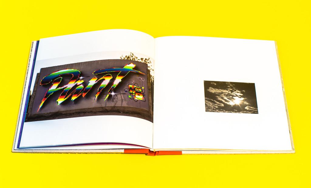 RaceFlag_Art_book_by_Felipe_Pantone_Omar_Quinones-The-Grifters-Publishing-wankrmag5