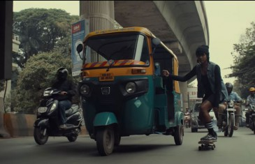 Wild Beasts met le skateboard féminin indien à l'honneur avec «Alpha Female»